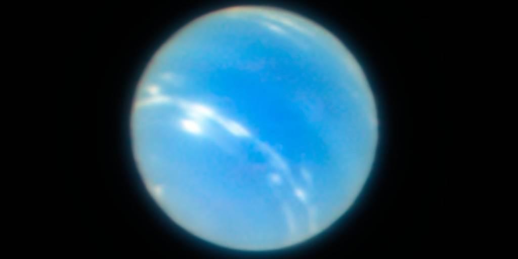 نبتون الكوكب الأزرق