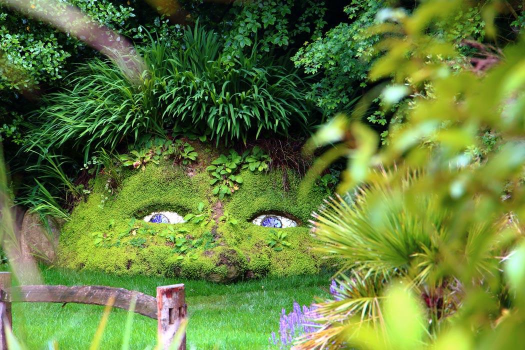 رحلة إلى حدائق هيليجان المفقودة أغرب الحدائق في العالم