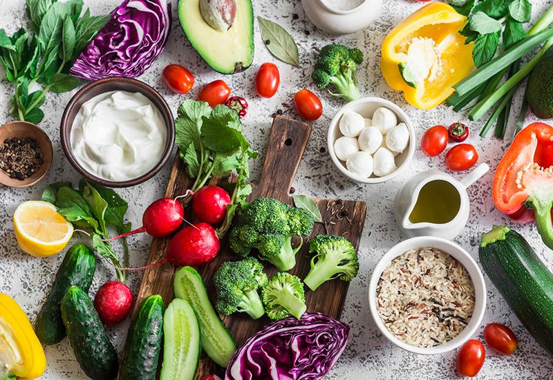 ل صحة جيدة و عمر طويل .. حافظ على تناول الأطعمة التالية ..