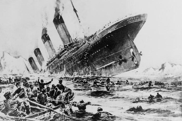 يتيما التيتانيك .. قصة طفلين ركبا السفينة دون علم أمهما