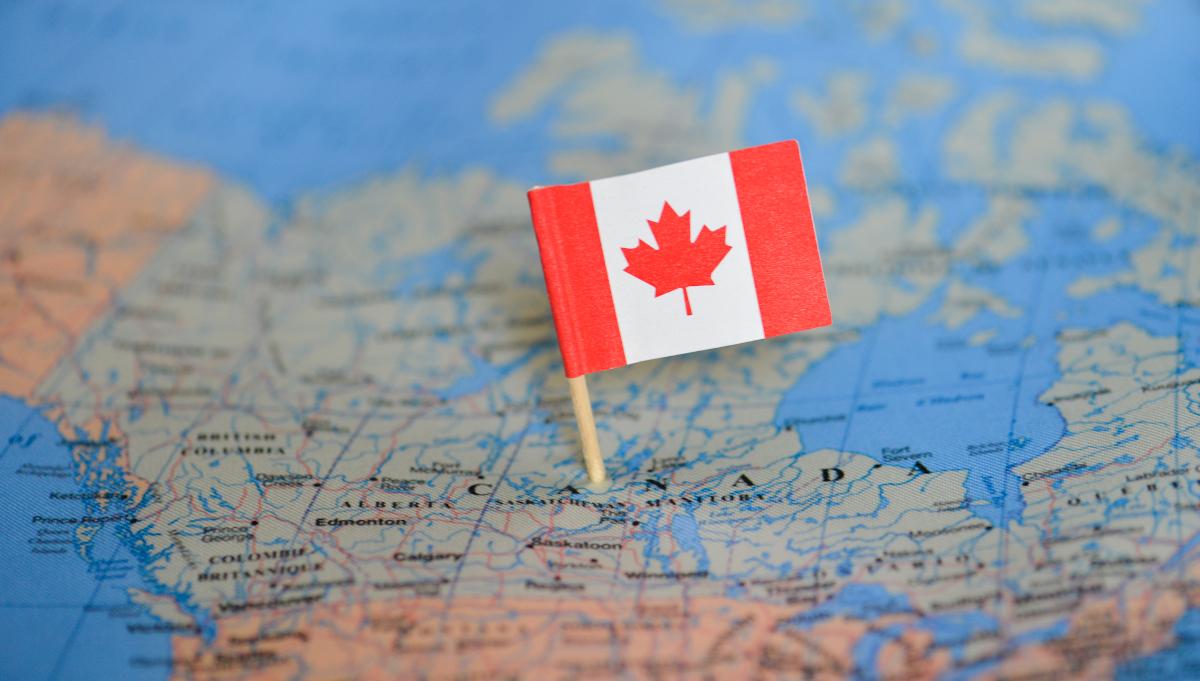 فتح باب الهجرة إلى كندا لعام 2022  ماهي شروطها و المدن و التخصاصات المطلوبة