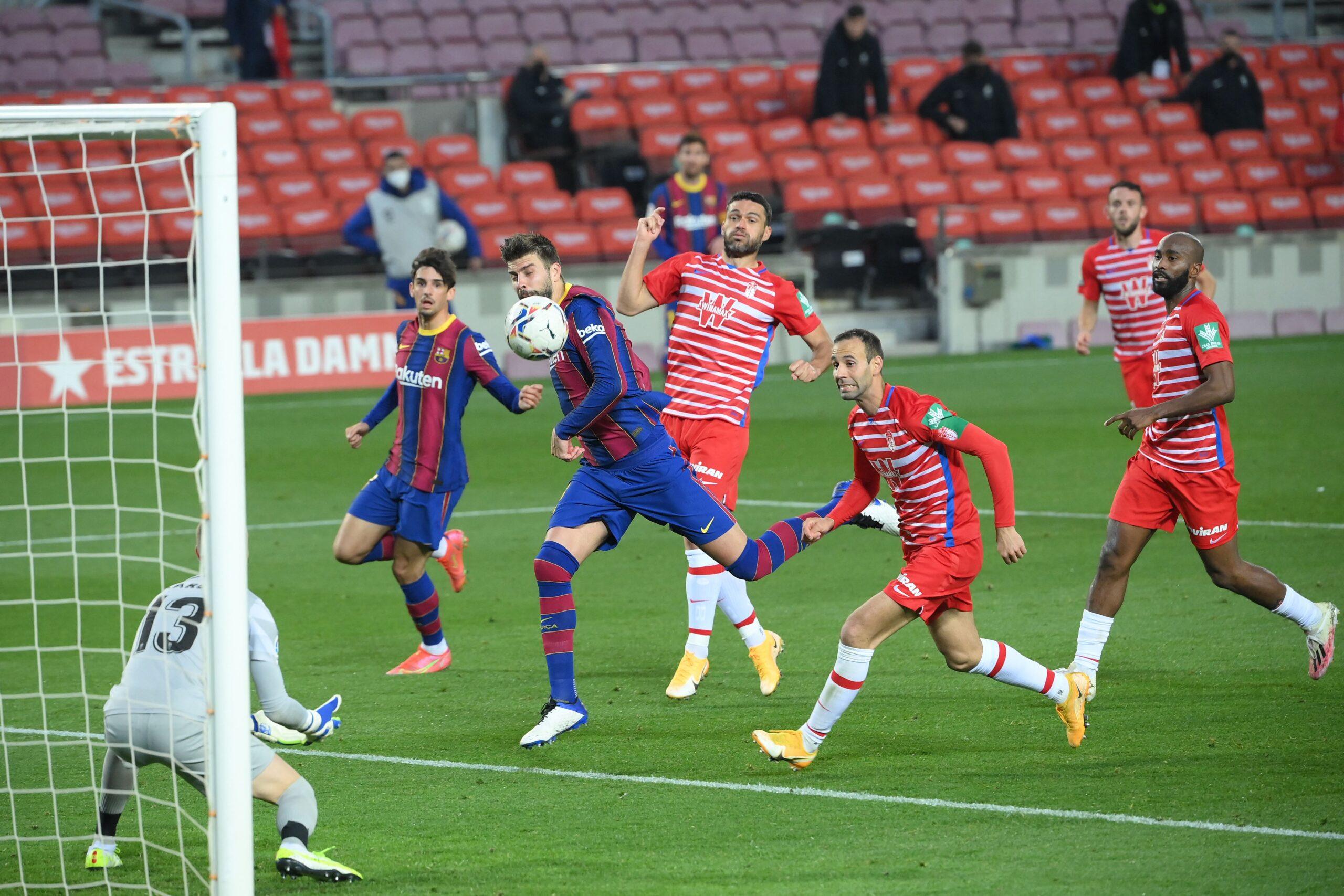 أهداف يوم الاثنين .. تعادل برشلونة ضد غرناطة و نابولي يخطف صدارة الكالتشيو ب رباعية قاتلة